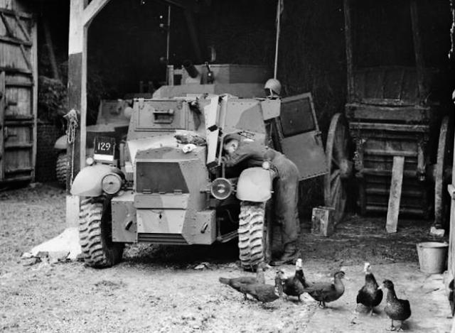 Morris CS9 armoured cars