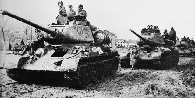 Soviet tanks T34-85